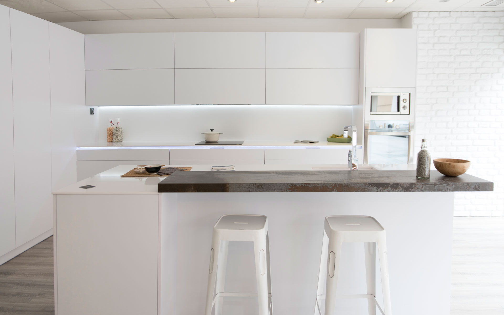 Muebles para la cocina sin tiradores - Arcomobel