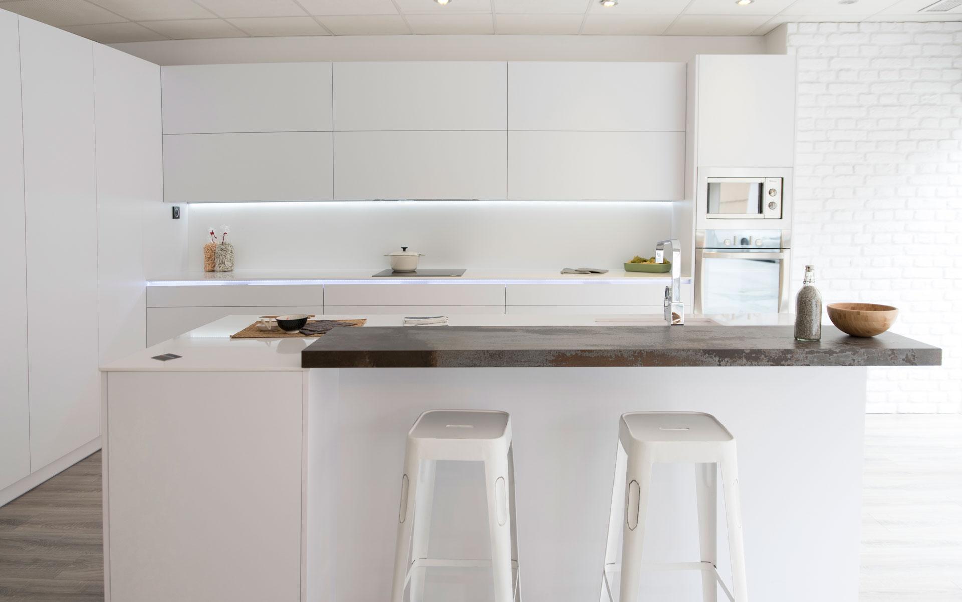 Muebles para la cocina sin tiradores arcomobel - Cocina sin tiradores ...